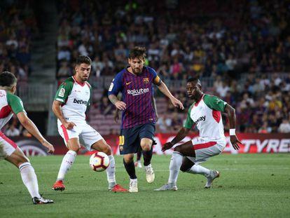 Messi, en una acción del encuentro ante el Alavés.