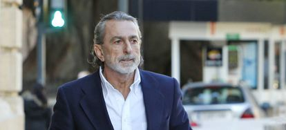 El cabecilla de la trama Gürtel, Francisco Correa, a su llegada al TSJ valenciano en febrero.