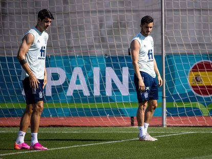 Morata (izquierda) y Sarabia, este jueves en un entrenamiento en la Ciudad del Fútbol de Las Rozas.