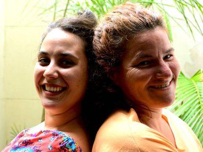 Tatiana Lustig da Silva (izquierda) y Jessica Waksmann estuvieron en su día en hogares de acogida en Buenos Aires.