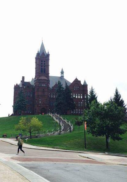Universidad de Siracusa.