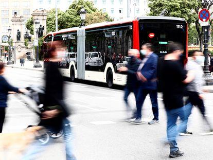 El autobús de 18 metros totalmente eléctrico que circulará por Barcelona en julio.