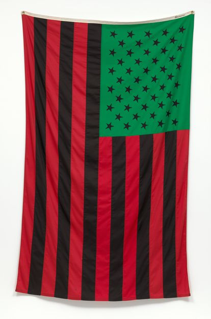 The artist David Hammons created an African-American flag with colors more typical of the African continent: red, green, brown.