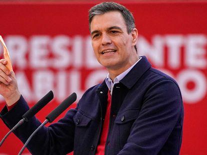 Pedro Sánchez en el cierre de campaña del PSOE en la campaña electoral de Madrid.
