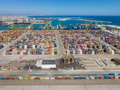 Puerto de Valencia, uno de los que esperan por inversiones que aumenten su capacidad.