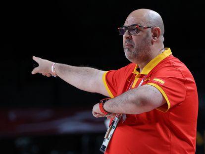 Lucas Mondelo, al frente de la selección en uno de los partidos de los Juegos de Tokio