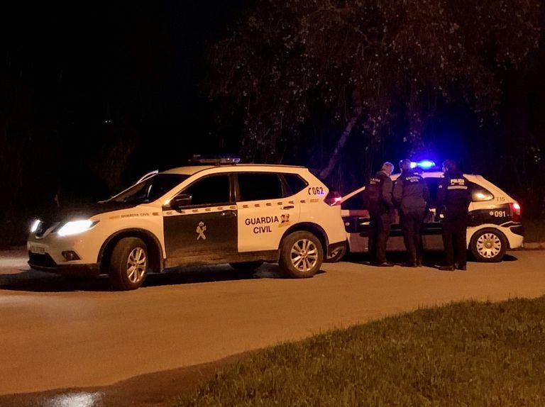 Parte del disposivo policial desplegado este pasado jueves para localizar al fugitivo.