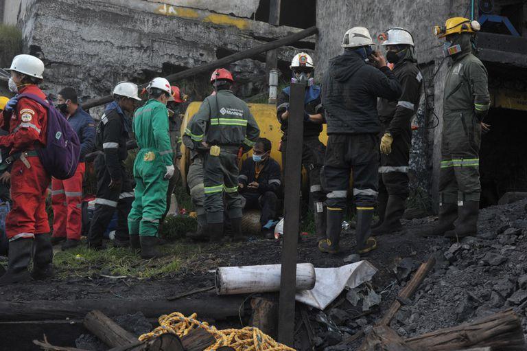 La explosión de una mina de carbón en Cundinamarca, Colombia, dejó 11 muertos y 4 heridos.