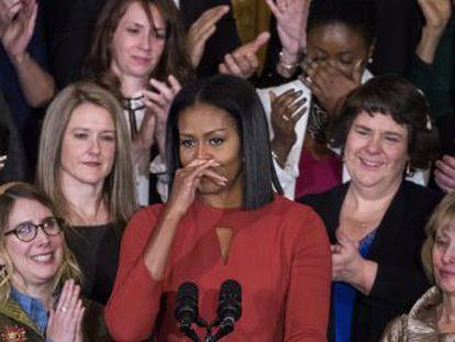 La primera dama celebra su último acto público en la Casa Blanca pidiendo a los estadounidenses que defiendan sus derechos