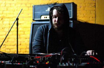 Daniel Lopatin, el productor detrás de Oneohtrix Point Never.