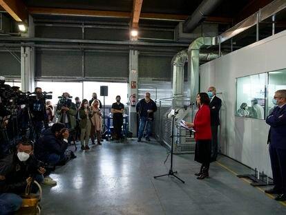 Isabel Díaz Ayuso, durante la presentación del programa social del PP para las elecciones, en la Fundación Carlos Martín.