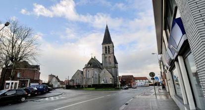 La iglesia de Saint Amand en Néchin, un pueblo belga de 290 habitantes, donde acaba de fijar su residencia el actor francés Gerard Depardieu.