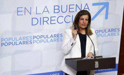 La ministra de Empleo y Seguridad Social, Fátima Bañez, en un acto del PP
