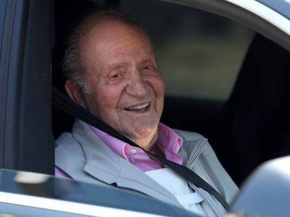 El rey Juan Carlos, tras abandonar el hospital. En vídeo, declaraciones del rey emérito.
