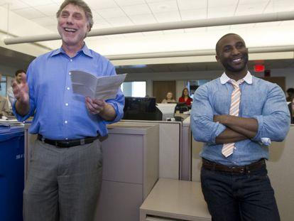 Martin Baron, a la izquierda, director del Washington Post