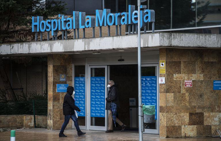 La entrada del Hospital de Sanitas de La Moraleja, en Madrid, el pasado marzo.