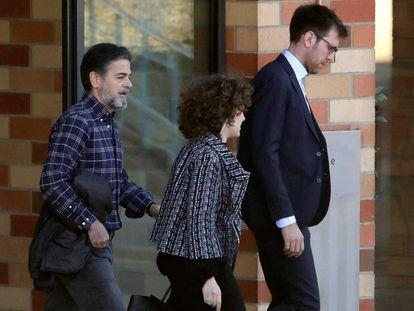 Oriol Pujol (a la izquierda), tras abandonar la cárcel de Brians 2, en marzo.