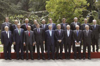 Mariano Rajoy posa en Moncloa en 2014 con los principales empresarios