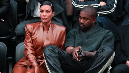 Kim Kardashian y Kanye West, en la semana de la moda de París en marzo de 2019.