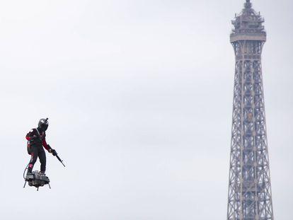 El desfile militar del 14 de julio en París, en imágenes