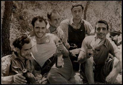 Soldados del Frente Republicano durante la guerra. BIBLIOTECA NACIONAL DE ESPAÑA