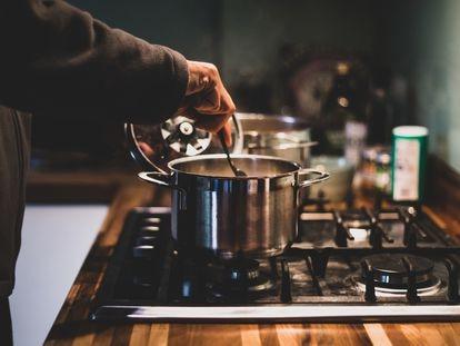 Así cenan los chefs cuando no tienen tiempo ni ganas de cocinar (y los nutricionistas lo aprueban)