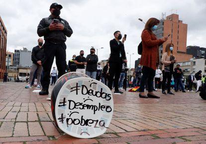 Una protesta de dueños se restaurantes y bares, en abril en Bogotá.
