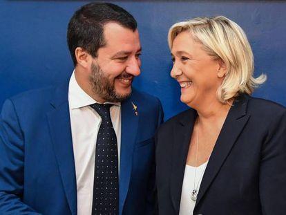 Matteo Salvini con Marine Le Pen