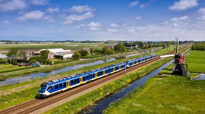 Un tren fabricado por CAF circula en Holanda.