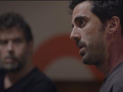 Un documental de Iván Roiz y Álvaro Priante que emite Movistar + profundiza en el fenómeno de los encuentros grupales que sirven de terapia contra el machismo