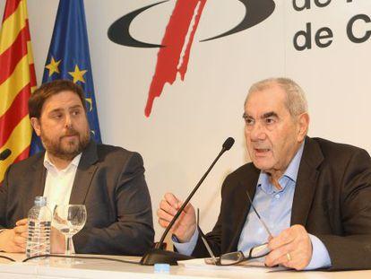 Oriol Junqueras con Ernest Maragall en rueda de prensa esta mañana.