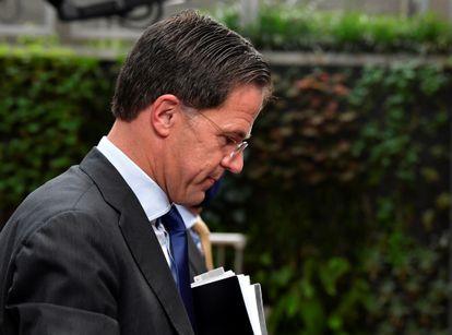 El primer ministro holandés, Mark Rutte, llega a la cumbre de Bruselas.