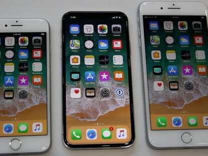 Iphone 8, a la izquierda, iPhone X e iPhone 8 Plus.