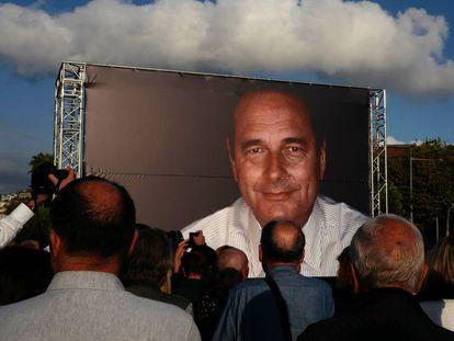 Uno de los actos de despedida de Chirac, en Niza, el 27 de septiembre, un día después de su muerte.