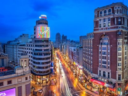 Los neones de la Plaza de Callao.