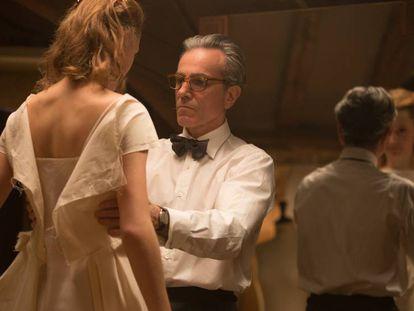 Balenciaga, guerra de sexos y Daniel Day-Lewis: así es la película que necesitaba el mundo de la moda