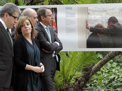 Reunión sobre la consulta. Sáenz de Santamaría y Homs, a la izquierda, mantuvieron este martes una reunión de media hora sobre la consulta soberanista en la que no llegaron a ningún acuerdo.