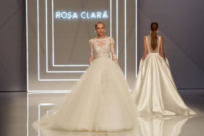 Rosa Clará ha inaugurado este martes la Barcelona Bridal Fashion Week.