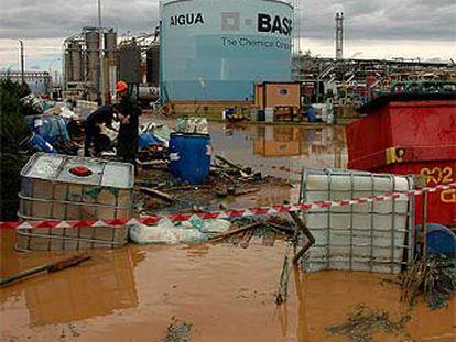 Efectos del temporal ayer en las instalaciones de Basf