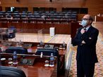 MADRID, 18/02/2021.-El portavoz socialista, Ángel Gabilondo, a su llegada al pleno de la Asamblea de Madrid celebrado este jueves. EFE/Víctor Lerena