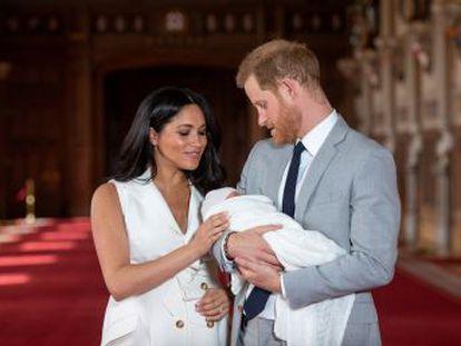 Enrique de Inglaterra ha elegido para su hijo el nombre de un oficial del ejército británico con el que estuvo en Afganistán y con el que conserva una gran amistad
