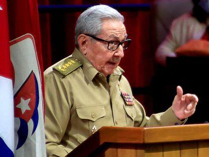 Raúl Castro, durante su discurso en el Congreso del Partido Comunista de Cuba celebrado en La Habana, este viernes.