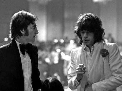 John Lennon y Mick Jagger, en la entrega de los premios del American Film Institute en California, el 13 de marzo de 1974.