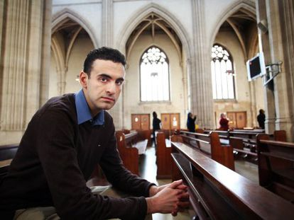 Miguel Hurtado, en una iglesia católica del centro de Londres.