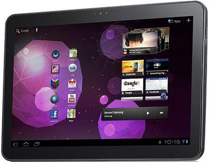 La nueva tableta de Samsung lleva un procesador de doble núcleo, funciona con la versión 3.0 de Honeycomb, su grosor es de 10.9 milímetros y pesa 599 gramos.