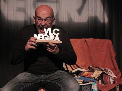 El festival VLC Negra premia las novelas de Ravelo, Lemaitre y Villalonga, además de cuatro tuits.