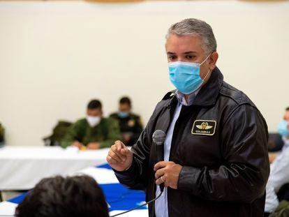 Iván Duque, durante una reunión con autoridades y manifestantes, este lunes en Cali (Colombia).