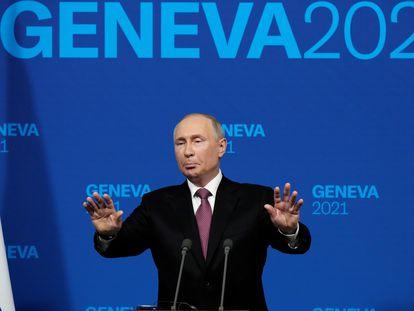 El presidente ruso, Vladímir Putin, durante la rueda de prensa tras su encuentro con el presidente de Estados Unidos Joe Biden en Ginebra el miércoles.