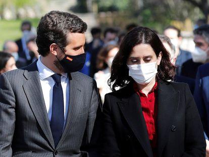 Pablo Casado e Isabel Díaz Ayuso, en el homenaje de Estado a las víctimas del terrorismo, este jueves en Madrid.