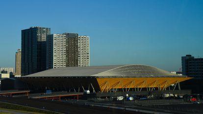 El Centro de Gimnasia Ariake, Tokio.  Durante los Juegos Olímpicos se ofrecen gimnasia, trampolín y gimnasia rítmica.